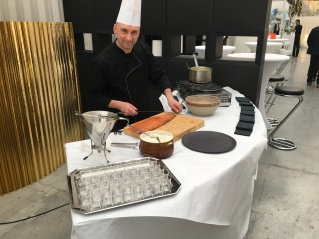 Atelier Saumon fumée maison et blinis à la farine de chataîgne